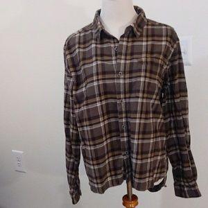 Columbia button down shirt size L